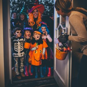 trick-or-treaters-at-the-door
