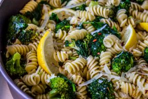 lemon-broccoli-skillet-pasta