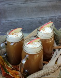 mason-jars-of-cranberry-spiced-cider